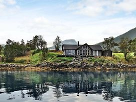 Four-Bedroom Holiday Home In Gullesfjord photos Exterior