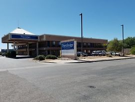 Travelodge By Wyndham Albuquerque West photos Exterior