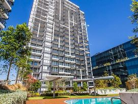 Brand New Apartment Best Location Syd High Level photos Exterior