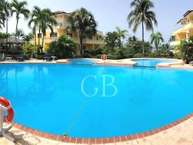 Las Palmeras By Gb photos Exterior