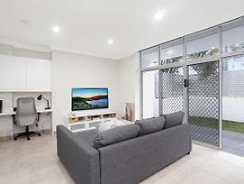 Brand New 2 Bedroom Apartment For 7 People photos Exterior