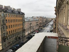 Magic Balcony On Nevsky 119 Apartments photos Exterior