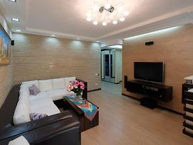 3 Room Apartment In The Center Of Tashkent photos Exterior