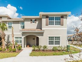 You And Your Family Will Love This 5 Star Home With Private Pool On Storey Lake Resort, Townhome Orlando 1005 photos Exterior