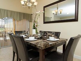 Near Disney World - Paradise Palms Resort - Feature Packed Cozy 4 Beds 3 Baths Townhome - 4 Miles To Disney photos Exterior