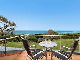 Absolute Beachfront At Hastings photos Exterior