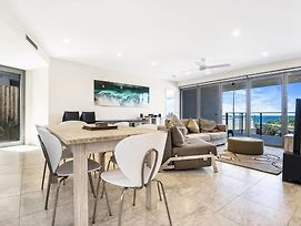 Beachfront Cabarita Apartment photos Exterior