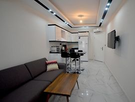 Alanya Centrum Luxury Apartment In Hygienic Condition photos Exterior