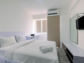 Affordable Price Studio At Jababeka Riverview Apartment Cikarang By Travelio photos Exterior