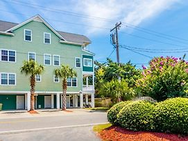 Southern Sandbox - Short Walk To Beach, 5 Bedroom, 4.75 Bathroom, Sleeps 18 photos Exterior