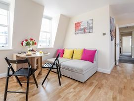 Experience Central London Living 3 Bed Apartment Horse photos Exterior