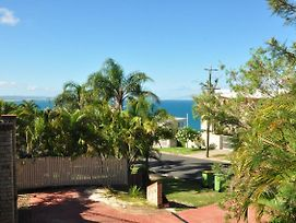 1/80 Cooloola Drive - Comfortable Unit In A Prominent Location photos Exterior