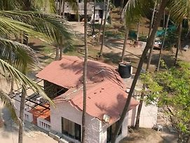 Bungalow Gorai photos Exterior