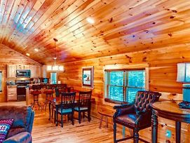 1 Bedroom Cabin In The Mountains At The Lodges At Eagles Nest Resort - Firepit photos Exterior