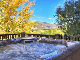 Luxury Home With Mountain Views, Private Hot Tub Arrowhead Townhouse photos Exterior