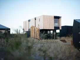 Modern, Trendy Theme Denim Lodge, Just 100 M From The Sea photos Exterior