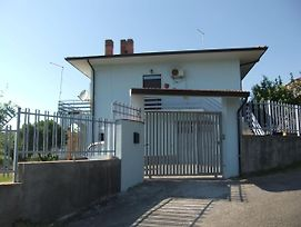 House On Ground Floor With Garden And Terrace, 1 Km From The Beach And The Sea. photos Exterior