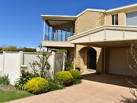 Views Forever - Inverloch photos Exterior