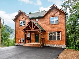 New Listing! Luxe Brand-New Mountain Retreat Home photos Exterior