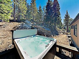 New Listing! Heavenly Retreat W/ Private Hot Tub Home photos Exterior