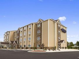 Microtel Inn & Suites By Wyndham Lynchburg photos Exterior