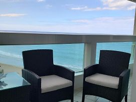 Isla Verde Luxury Ocean Front photos Exterior