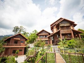 Red House The Garden Stay In Bukit Tinggi photos Exterior