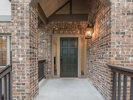 The Authentic Brickwood Retreat Home photos Exterior