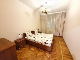 Grand Ultracentral Apartments Stefan Cel Mare In The Heart Of Chisinau photos Exterior