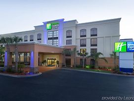 Holiday Inn Express & Suites Jacksonville Airport photos Exterior