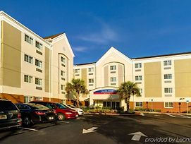 Candlewood Suites Ft Myers I-75 photos Exterior
