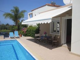 Spacious Holiday Home, Swimming Pool In Picturesque Village Plaka Near Chania photos Exterior