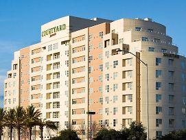 Courtyard By Marriott Oakland Emeryville photos Exterior