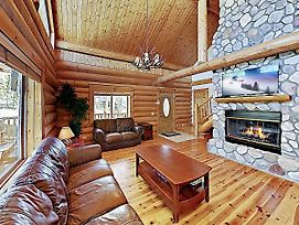New Listing! Charming Woodland Cabin, Near Hiking Cabin photos Exterior