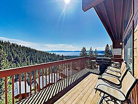 New Listing! Lake-View Haven W/ 2 Private Decks Condo photos Exterior