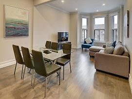 Montreal Mile End Apartment #204 By Plateau Prime Suite photos Room