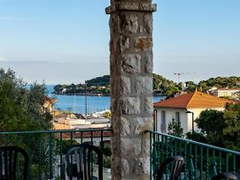 Splendid Sea View Villa In Saint-Jean Cap Ferrat photos Exterior
