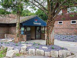 Travelodge Billingshurst Five Oaks photos Exterior