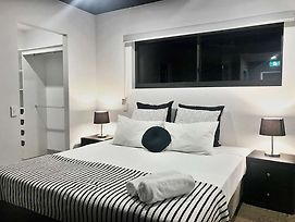 Rnr Serviced Apartments Darwin photos Room