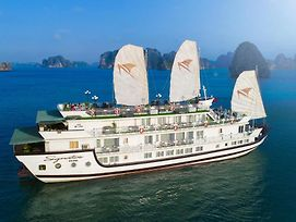 Signature Halong Cruise photos Exterior