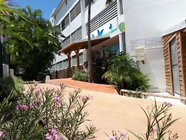 Studio In Le Gosier With Pool Access Furnished Balcony And Wifi 10 M From The Beach photos Exterior