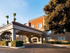 Best Western Plus Villa Del Lago Inn photos Exterior