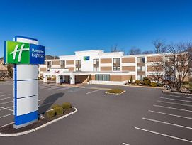 Holiday Inn Express Ramsey-Mahwah photos Exterior