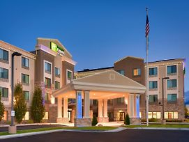 Holiday Inn Express & Suites Orem-North Provo photos Exterior