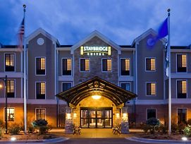 Staybridge Suites Milwaukee West-Oconomowoc photos Exterior