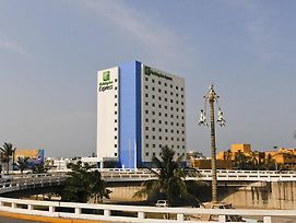 Holiday Inn Express Veracruz Boca Del Rio photos Exterior