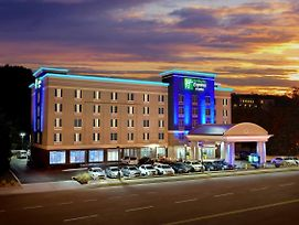 Holiday Inn Express Hotel & Suites Knoxville West -Papermill photos Exterior
