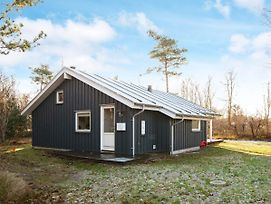 Three-Bedroom Holiday Home In Grenaa 2 photos Exterior