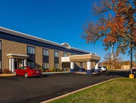 Best Western Huntington Mall Inn photos Exterior