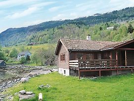 Three-Bedroom Holiday Home In Nordfjordeid 2 photos Exterior